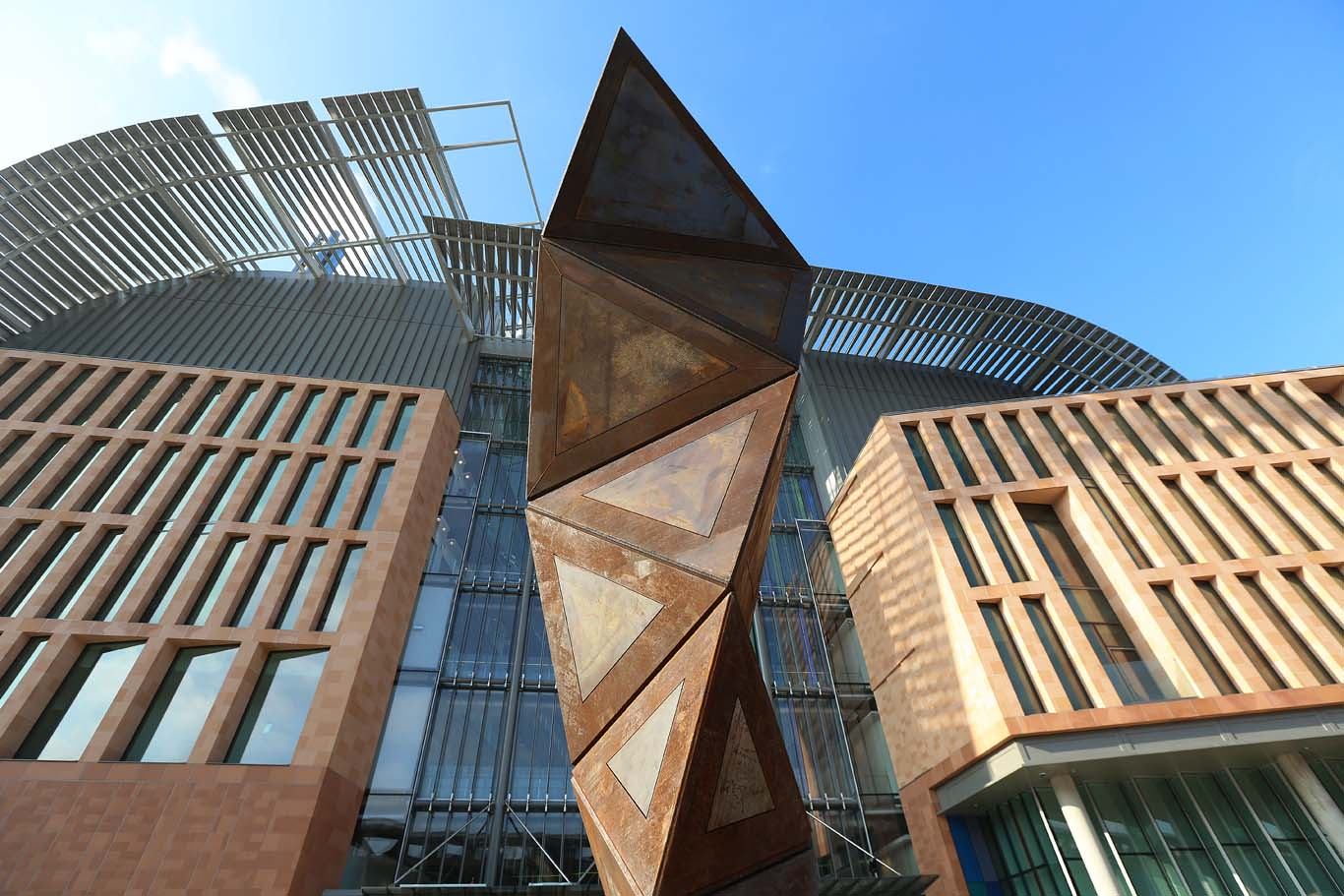 The striking new Francis Crick Institute, complete with Conrad Shawcross sculpture. Photo: Alex Maguire