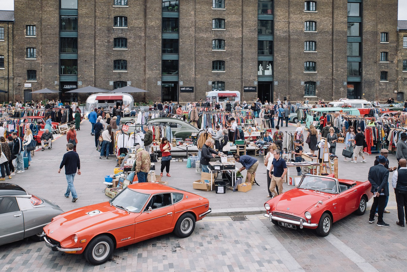 Classic Car Boot Sale Returns To King S Cross Gasholder